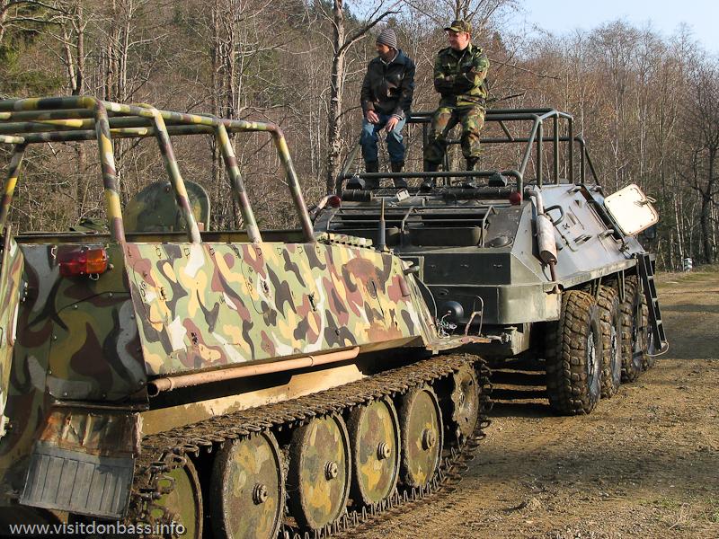 Прокат БТР в Мигово Вижницкий район Карпаты. ДВе единицы военной техники для туристов