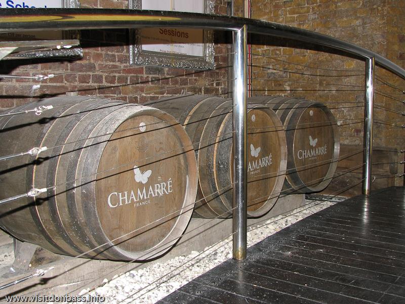 Бочки для вина из Франции в Винополисе в Лондоне