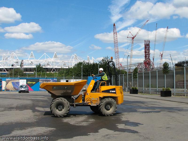 Главный стадион Олимпиады  в Лондоне