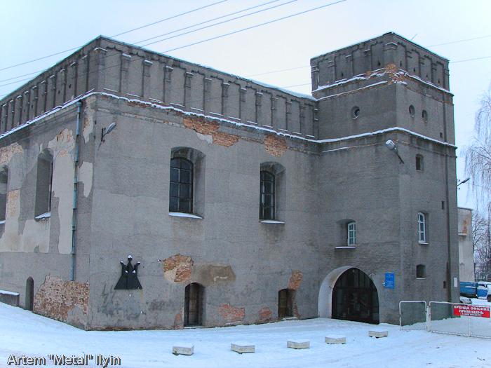 Старая синагога в Луцке - теперь задние спортивного общества