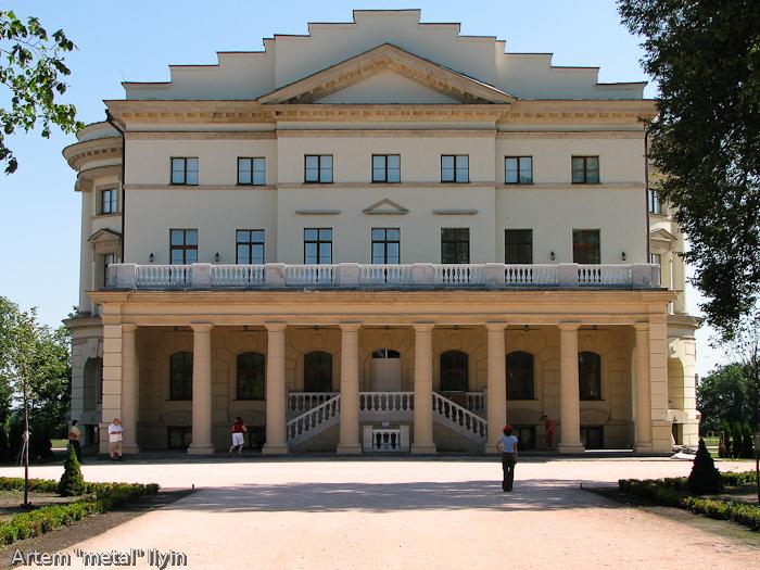 Дворец Разумовского до открытия, Черниговская область Батурин, город-музей