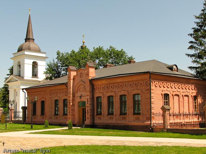 Исторические здания музея и церкви, Черниговская область Батурин, город-музей