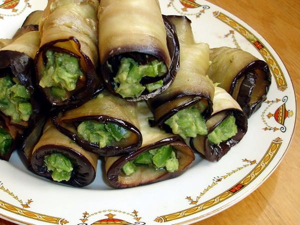 Baklazany s avokado ot Nally