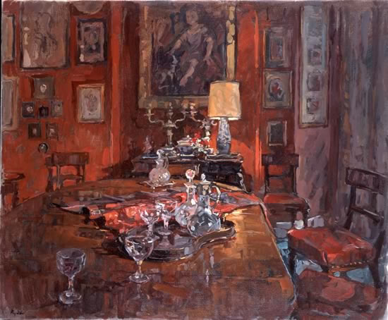 red-dining-room-with-decanters