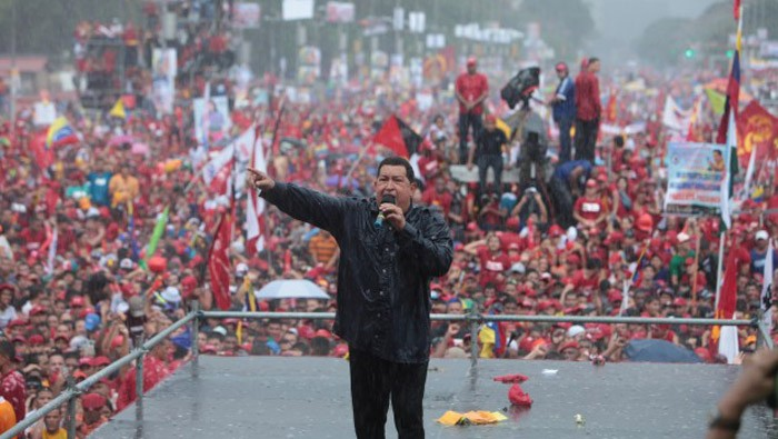 Одно из последних выступлений Чавеса, знаменитый митинг под дождем, октябрь 2012 года.