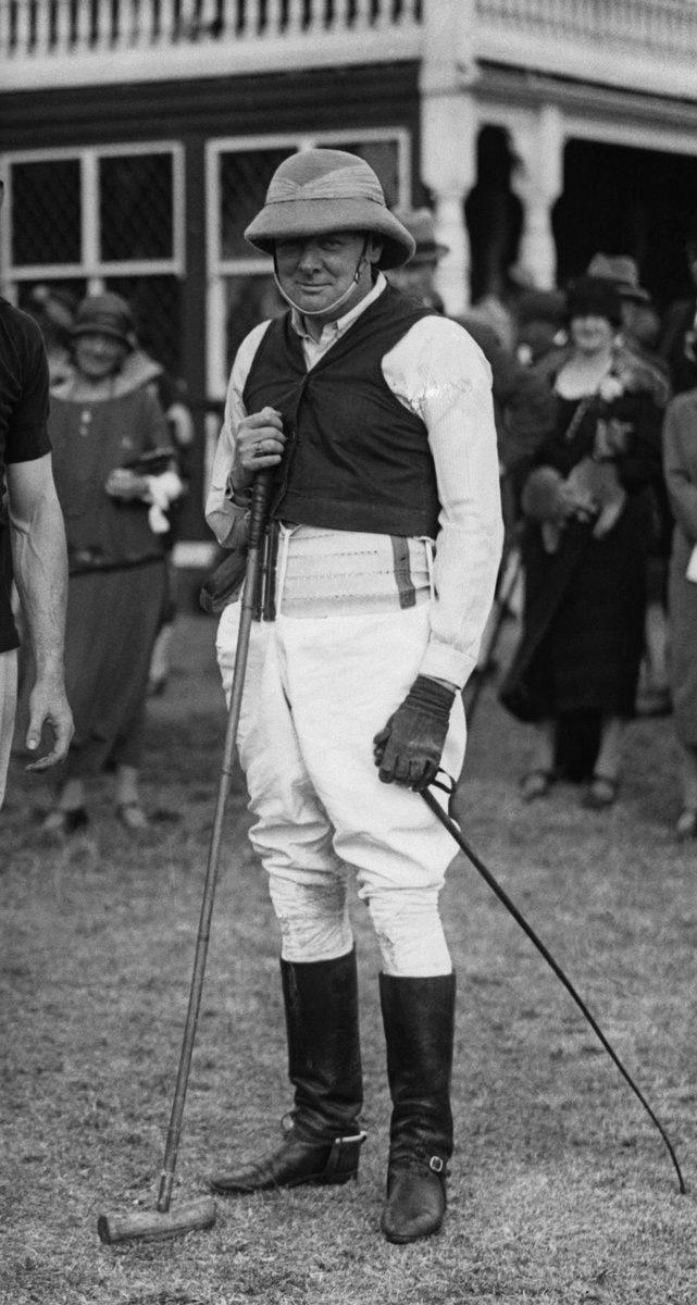 Премьер-министр Великобритании Сэр Уинстон Черчилль