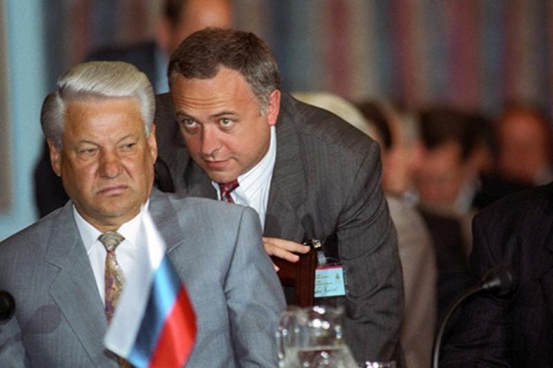 Борис Ельцин и Андрей Козырев