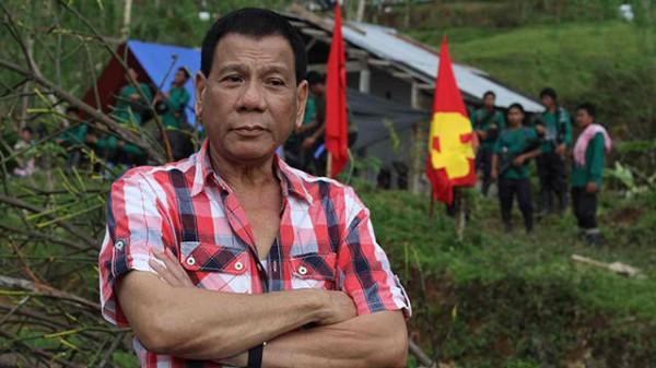 duterte-visits-typhoon-ravaged-npa-guerilla-zone