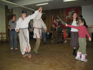 Вечарына беларускіх танцаў