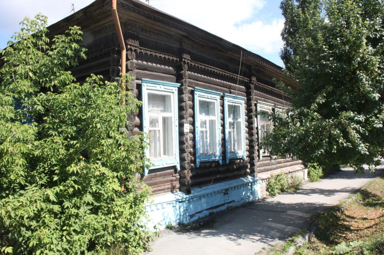 Здание по ул. Советская, 42