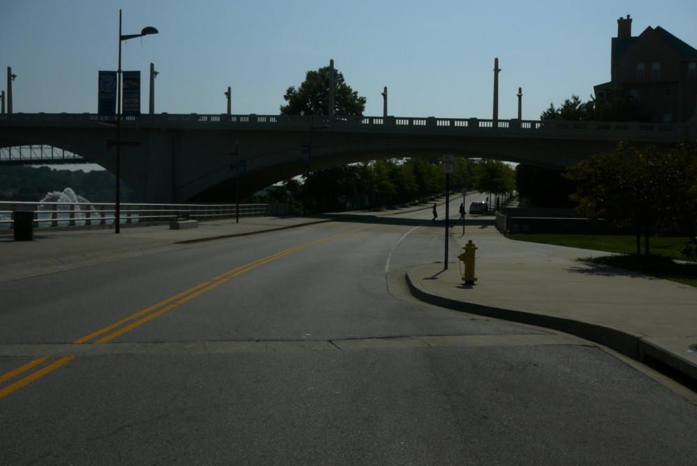 approaching market street