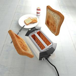 Тосты выпрыгивают из тостера