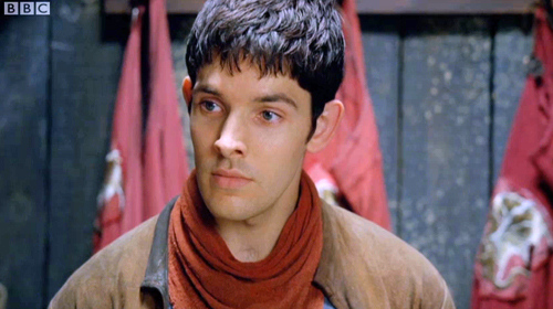 Merlin raises the eyebrow of unexpected cross-dressing
