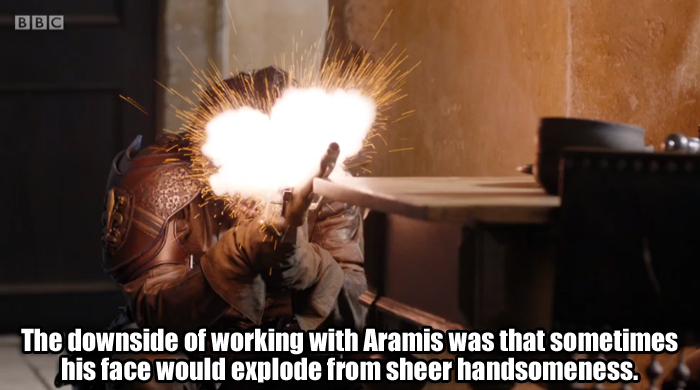 Aramis explodes