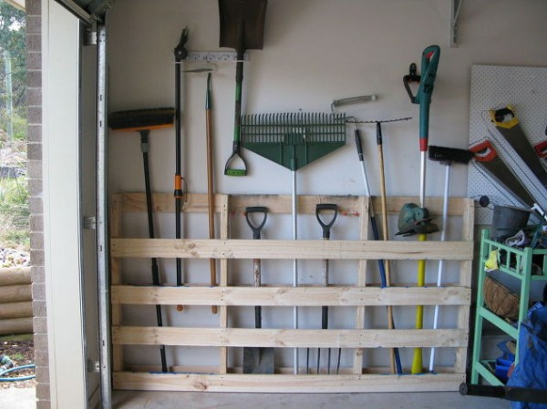 garage-storage-for-garden-tools-from-old-pallet-garages-pallet-repurposing-upcycling