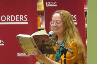 Patricia Briggs at the 3/3/11 booksigning