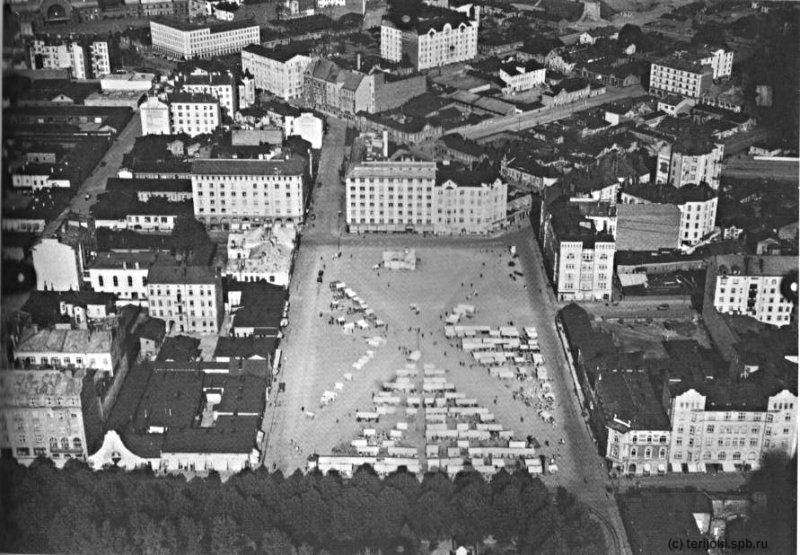 Площадь Красного колодца