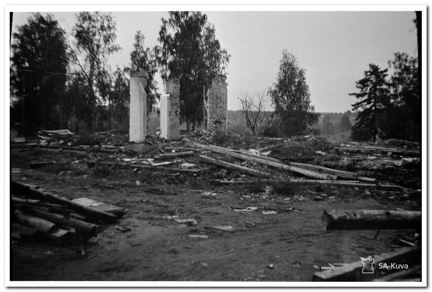 РазвалиныКирхи_1941_08_28001