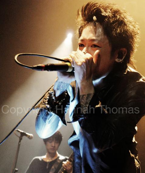 http://pics.livejournal.com/reiketsu_304/pic/0000sdyr