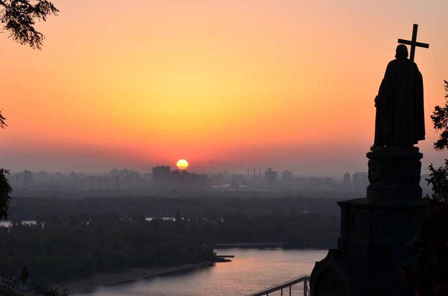 Рассвет над Киевом_3