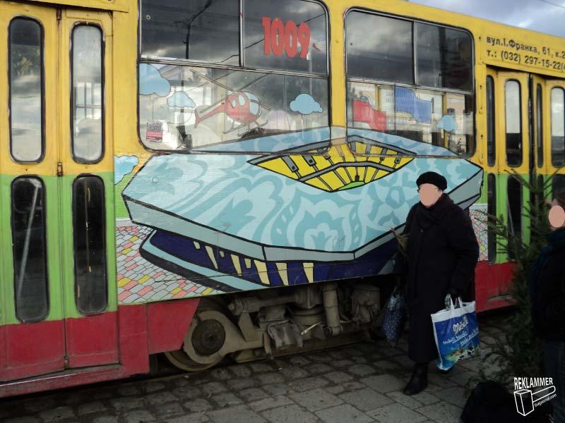 Львов-трамвай-1