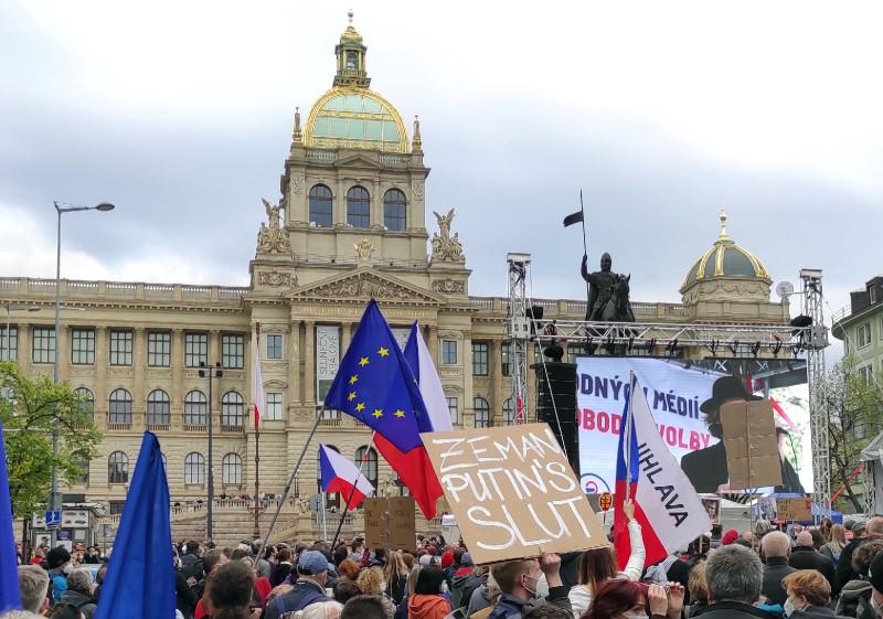 Акция в Праге: чехи против всех