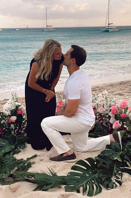 Дочь Романа Абрамовича Софья поделилась новым фото с помолвки: Новая глава