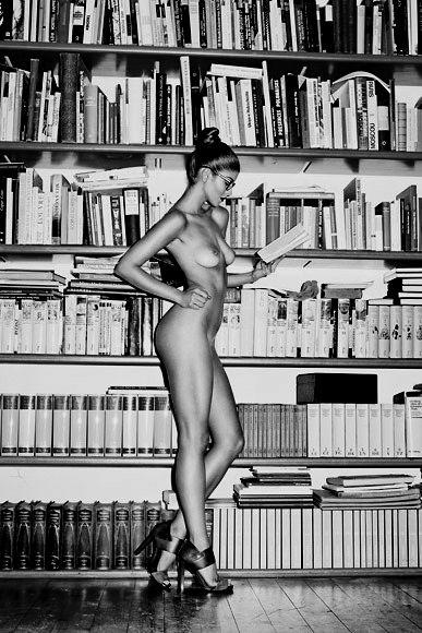 biblioteka-eroticheskie-foto