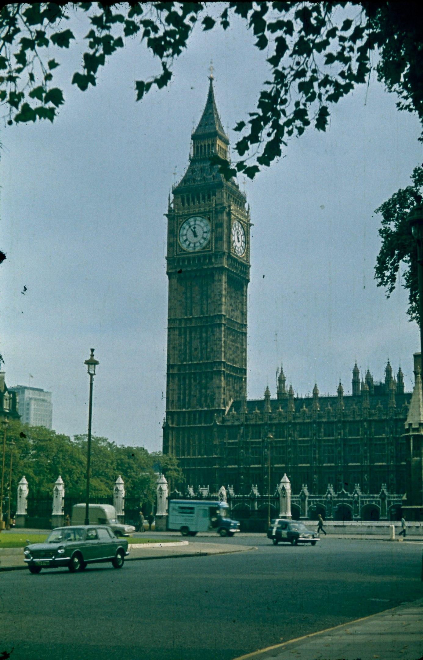 London 70-e