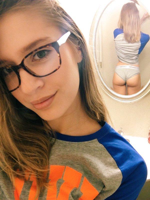 Sexy_selfie_1