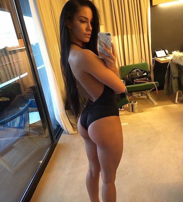 Sexy_selfie_2