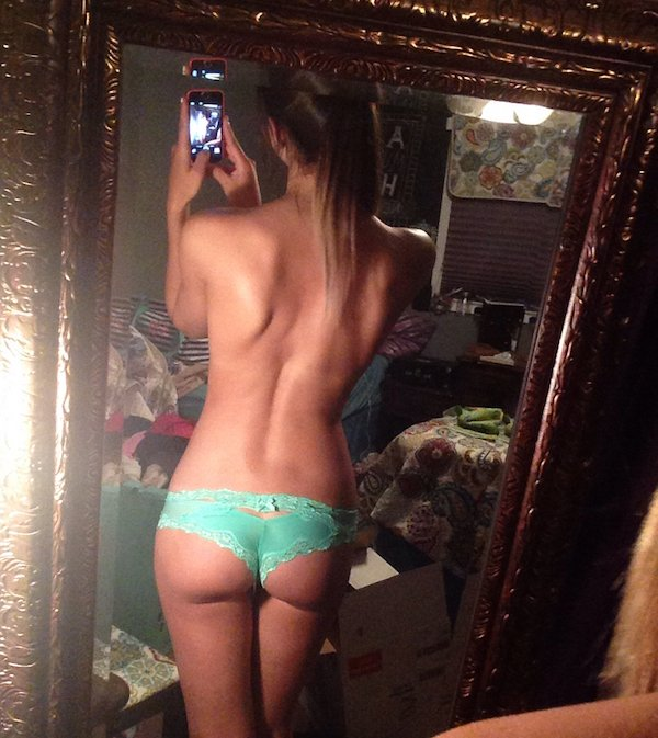 Sexy_selfie_5