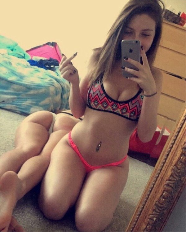 Sexy_selfie_7
