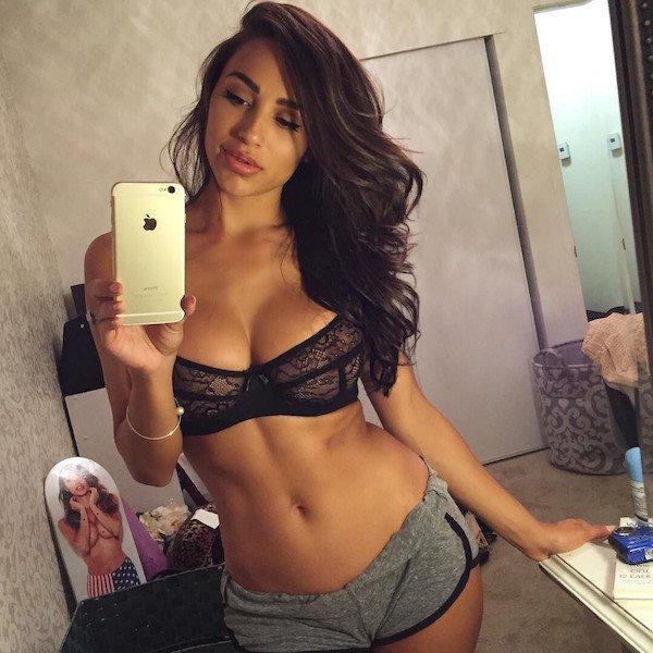 Sexy_selfie_10