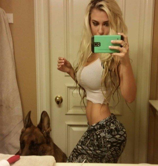 Selfie sexy looks 12