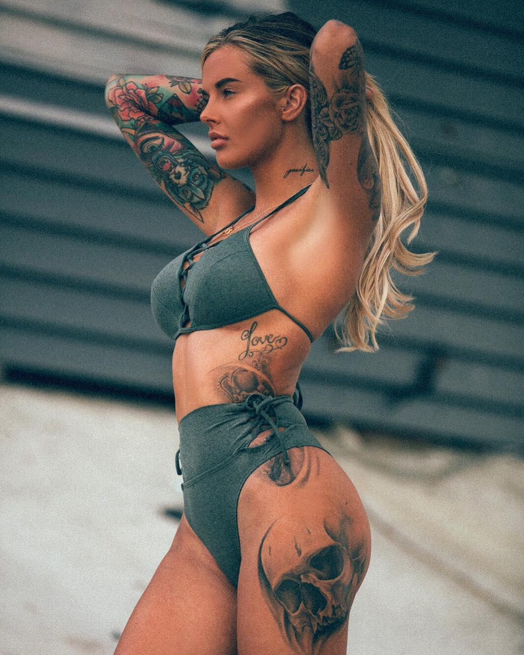 Tattoo girls