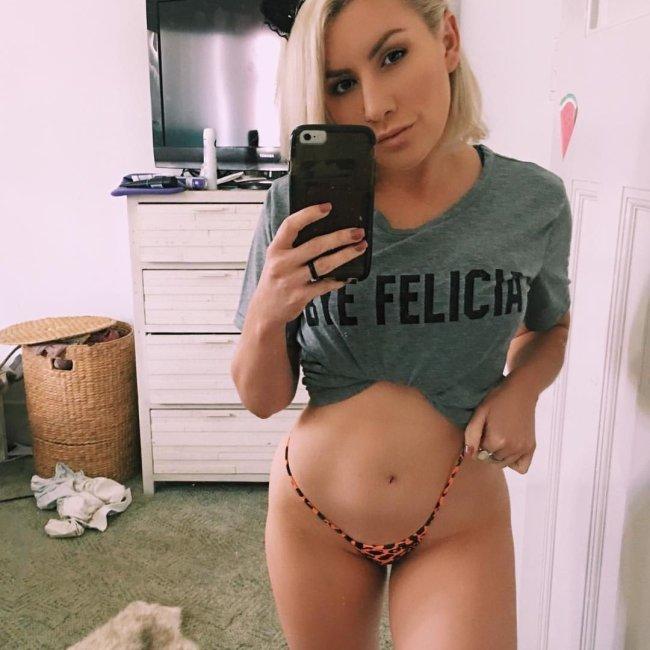 Selfie sexy-005