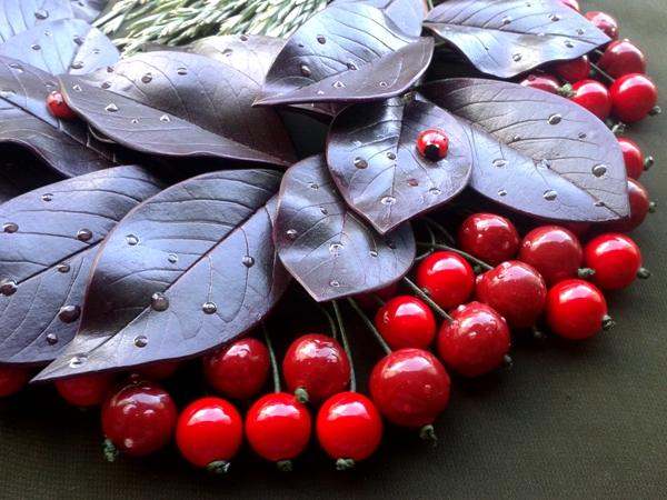 Изделия - комплекты с вишнями, клубникой и опять маки. 20130703_163647