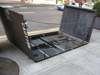 Street elevator