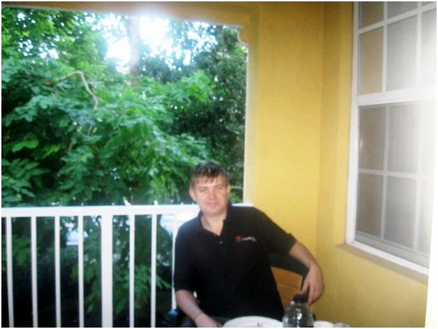 я на балконе вестон