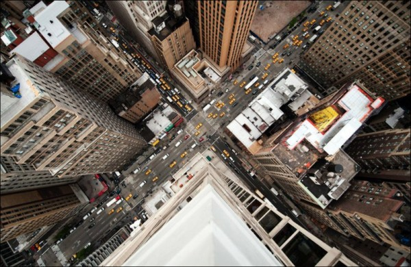 1343571656_new-york-from-above-03