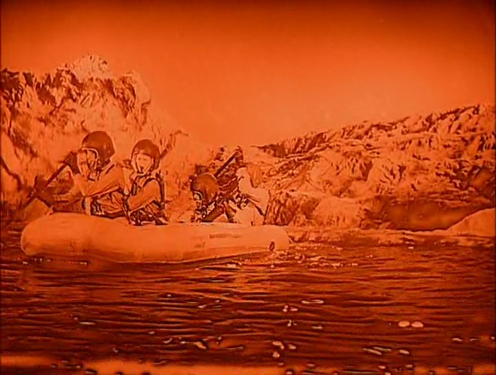 The Angry Red Planet_8