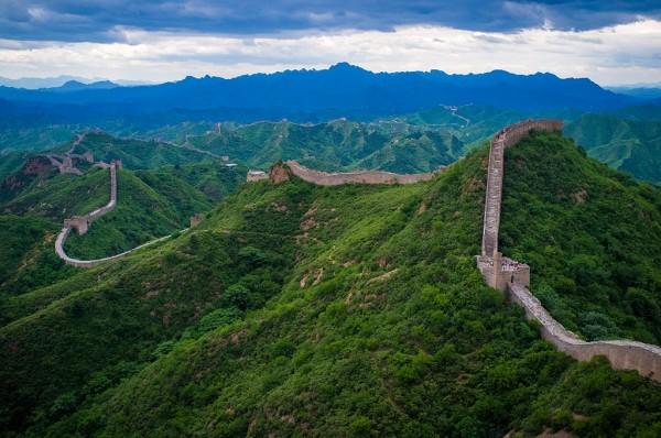 1024px-The_Great_Wall_of_China_at_Jinshanling