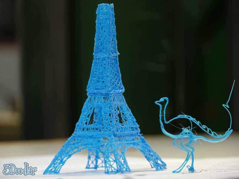 Ostrich-+-Eiffel1