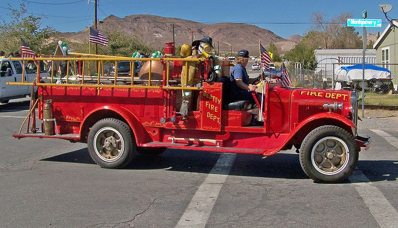 800px-Beatty_FD_Antique_Fire_Truck
