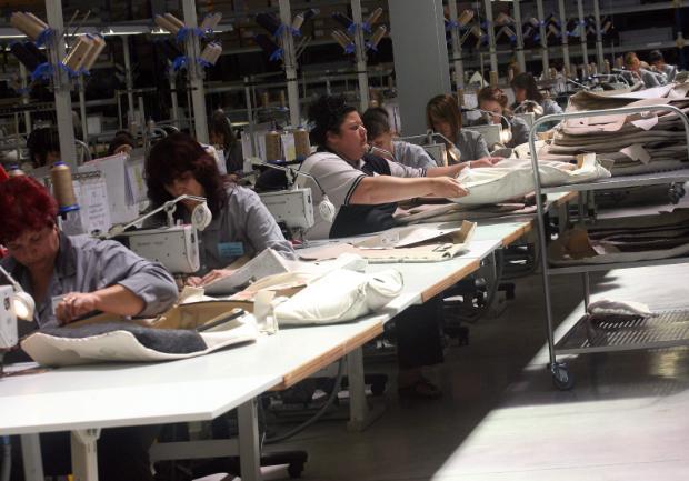 Высокие стандарты защиты труда в ЕС: голодный раб - это норма