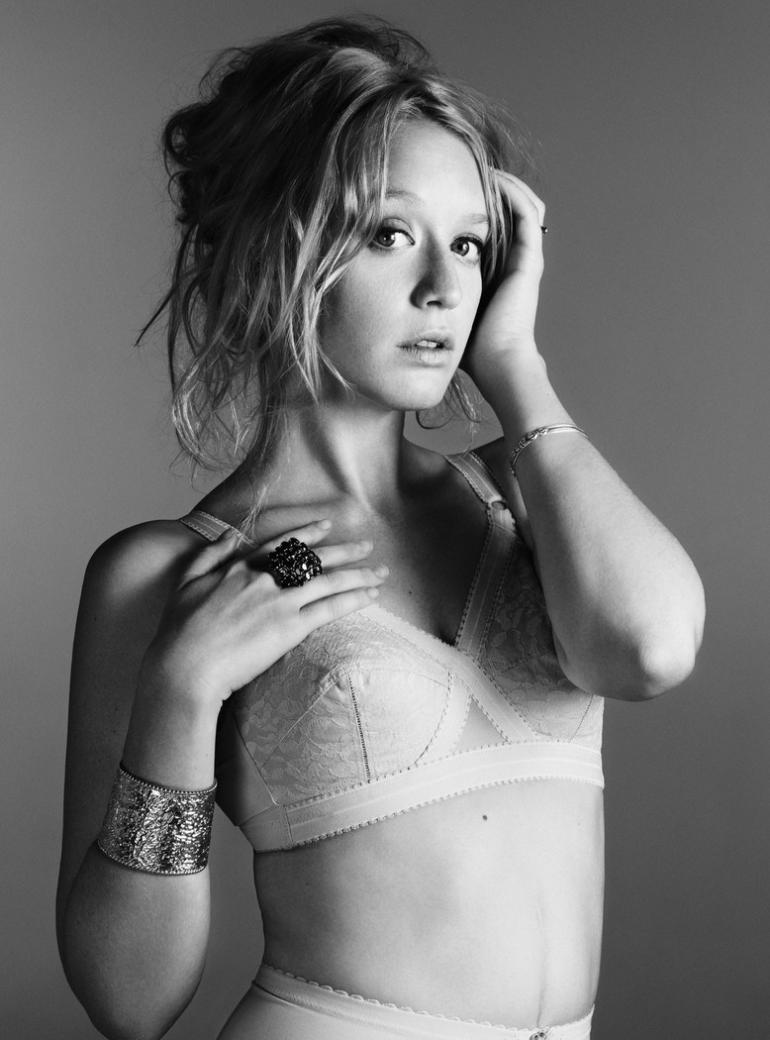 4126 Ludivine Sagnier 2010 Photo by Paul Schmidt
