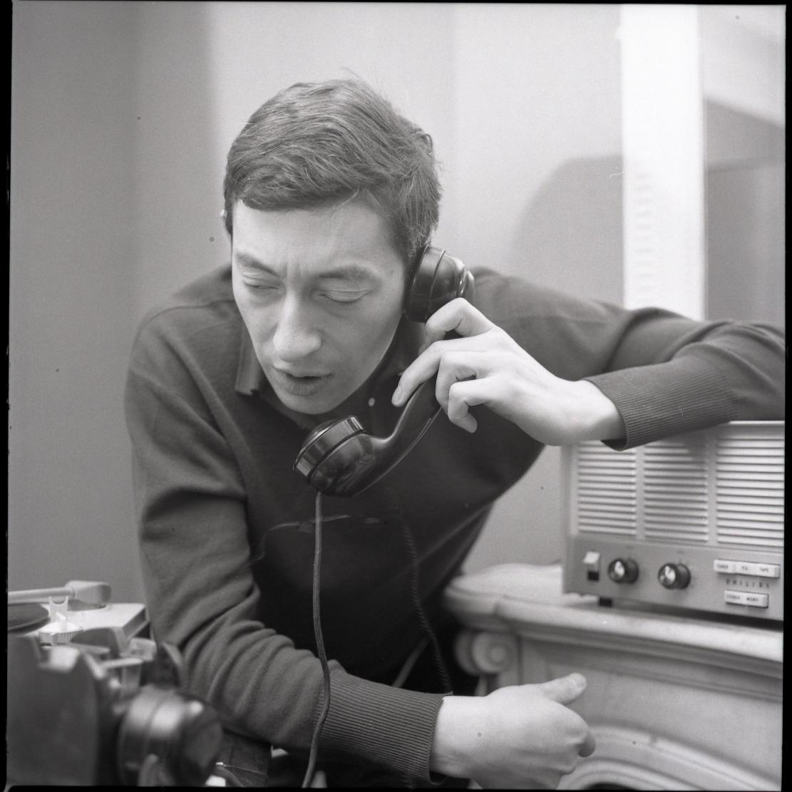 4559 Serge Gainsbourg 1963 Photo by Roger Kasparian.jpg