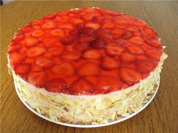 Творожно-фруктовый торт фото