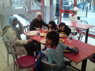 Iman, Opah, K.Zaila, Inez & Akif